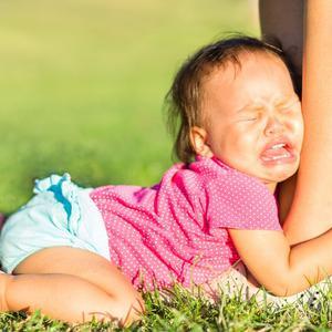Przebodźcowanie dziecka: objawy