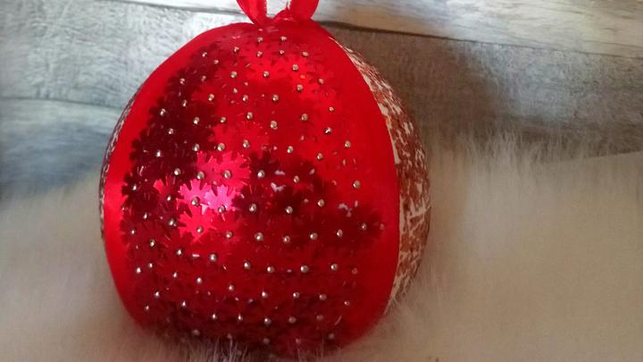 Bombki DIY na świąteczną choinkę