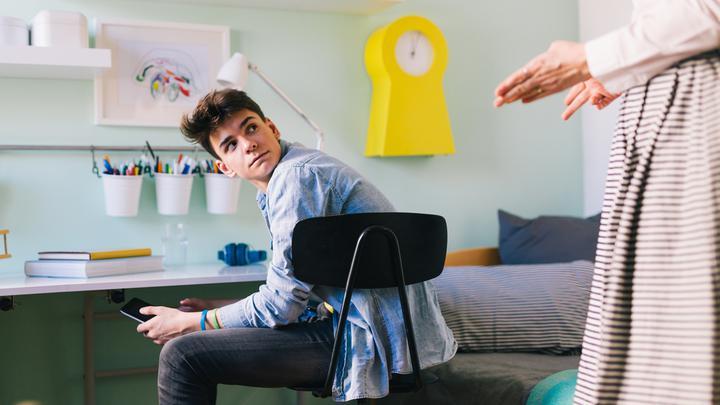 Bunt nastolatka - które zachowania są normalne, a które powinny wzbudzić niepokój?