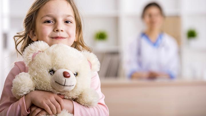 Dziecko u lekarza - jak przekonać dziecko do wizyty i badania?