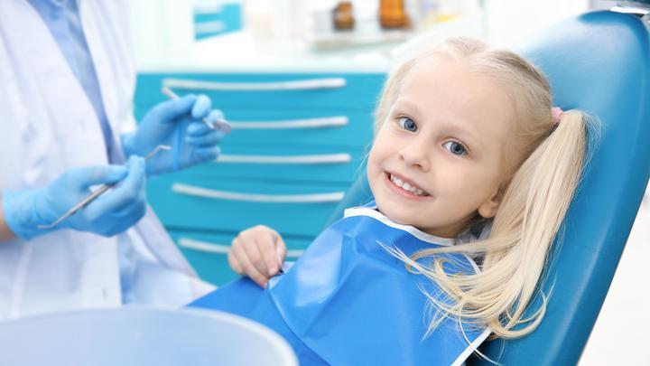 Stomatolog dziecięcy nie taki straszny, czyli pierwsza wizyta u dentysty