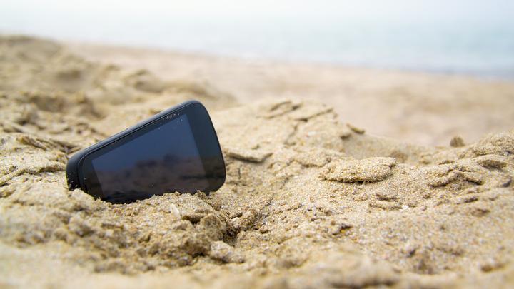 Jak dbać o telefon komórkowy, tablet, laptop – co robić, a czego unikać?