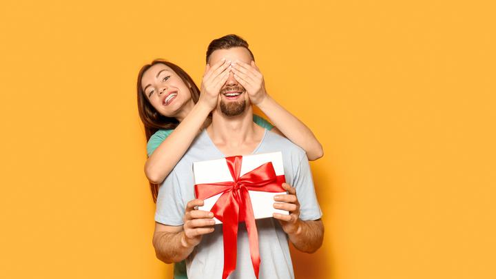 Co kupić na dzień chłopaka własnemu mężowi?